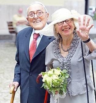immagine per Sesa Tatò e Vittorio Foa. Questa estate crudele